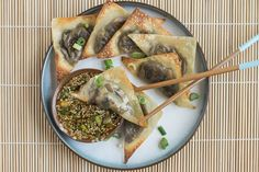 Baked Ginger-Mushroom Wontons with Sesame Dipping Sauce Recipe on Yummly