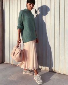 11.4 тыс. отметок «Нравится», 120 комментариев — María Bernad (@maria_bernad) в Instagram: «Femenine pastel palette #IvAGirls #IrisvonArnim #Virgo @Iris_von_Arnim»