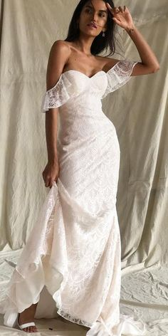 36 Lace Wedding Dresses That You Will Absolutely Love ♥ Get inspired with our lace wedding dresses gallery from famous designers, their romantic colour palette, and decorative lace. #wedding #bride #weddingdress Affordable Wedding Dresses, Country Wedding Dresses, Black Wedding Dresses, Strapless Lace Wedding Dress, Boho Wedding Dress, Wedding Bride, Wedding Ideas, Wedding Decor, Ball Dresses