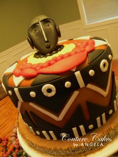 African Wedding Cakes, African Wedding Theme, African Theme, Traditional Wedding Cake, Traditional Cakes, Africa Cake, Food Artists, Couture Cakes, Engagement Cakes