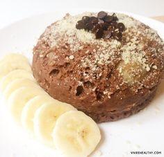 Lorsque j'avais partagé avec vous sur Instagram la photo de ce petit-déjeuner, vous étiez nombreux à m'avoir demandé la recette! La voici, la voilà: il s'agit d'un bowlcake …