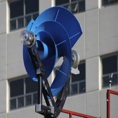 A compact and quiet wind turbine, a windmill, that you can place more than one on just about any house. Developed by Research & Development Company the Archimedes, the Liam Urban Wind Turbine has… Renewable Energy, Solar Energy, Solar Power, Renewable Sources, Diy Solar, New Energy, Save Energy, Vertical Farm, Alternative Energie