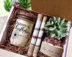 Gift for Mom-Birthday Gift Box-Mom Gift Mom Birthday Gift, Birthday Gift Baskets, Birthday Gifts For Best Friend, Best Friend Gifts, Special Birthday, Birthday Ideas, Birthday Box, Birthday Souvenir, Fall Birthday