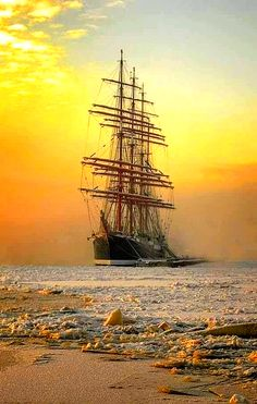 Very nice photo. - - Very nice photo. Very nice photo. - Very nice photo. – – Very nice photo. Very nice photo. Tall Ships, Bateau Yacht, Old Sailing Ships, Ghost Ship, Wooden Ship, Nautical Art, Wooden Boats, Water Crafts, Belle Photo