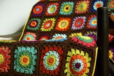 Flower square afghan (no pattern)
