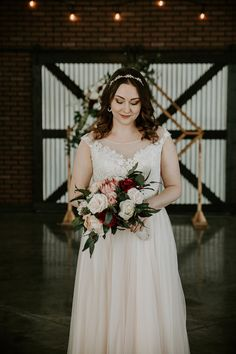 Modern industrial elopement at 52 North Venue. This bride wore a blush pink wedding dress for her modern elopement. Blush Pink Wedding Dress, Blush Pink Weddings, Wedding Dresses, Modern Wedding Venue, Plan Your Wedding, Industrial Wedding, Modern Industrial, Wedding Songs, Bride Bouquets
