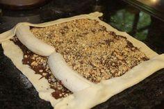 http://www.nejrecept.cz/recept/fenomenalni-super-rychla-rolada-s-nutelou-a-bananem-r2636