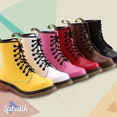 ¡Tenemos un par de  botas para cada día de tu semana! ¿Cuál escoges para hoy?