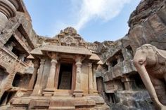 10 Top Destinations that Capture India's Diverse Charm: History and Architecture: Ajanta and Ellora Caves