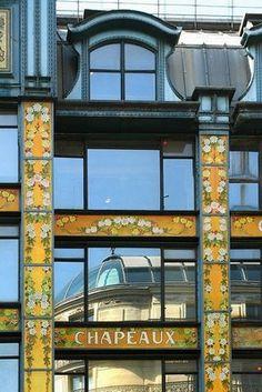 Rue de Rivoli (1e) - La Samaritaine - Art Nouveau - Architectes : Frantz Jourdain et Henri Sauvage