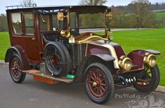 1912 Renault 20/30hp limousine similar to the one in the movie Titanic