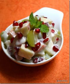 Phalhar salad navratri vrat fasting recipes fruit salad with yogurt