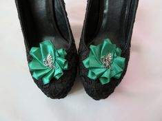 Emerald Green Fantasy Dragon Satin Ruffle Shoe Clips - Wedding Game of Thrones £9.99 Satin Shoes, Green Dragon, Fantasy Dragon, Shoe Clips, Wedding Games, Cosplay Outfits, Tory Burch Flats, Bridal Shoes, Your Shoes
