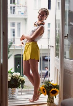 DIY Tutorial für eine Shorts mit Gummibund und Bogenkante - ganz einfach selber nähen! Mit Videoanleitung