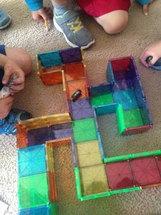 """Magna-Tect Amanda P says, """"Our Magna-Tiles arrived and we built a hexbug maze! School Age Activities, Indoor Activities For Kids, Montessori Activities, Kindergarten Activities, Learning Activities, Preschool Activities, Home Learning, Crafts For Kids, Babysitting Activities"""