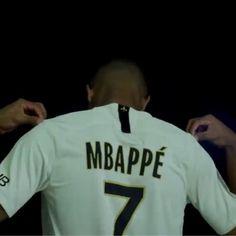 Kylian Mbappé Ballon D'or, Antoine Griezmann, Mbappe Psg, Camping Gifts, Neymar, Road Trip, Sports, Mens Tops, Men's Polo