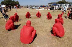 'Meeting by Wang Shugang. At the Sculpture by the Sea festival Bondi Beach (Sydney, Australia). Bondi Beach Sydney, Sea Sculpture, Sydney Australia, Installation Art, Mixed Media Art, Gallery, Artist, Image, Doors