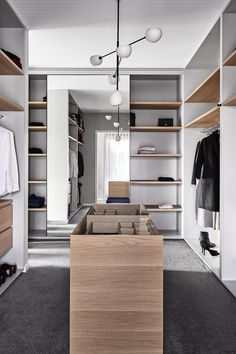 Walk In Wardrobe, Modern Wardrobe, Walk In Closet, Walking Wardrobe Ideas, Wardrobe Room, Walk In Robe Designs, Korean Apartment, Interior Styling, Interior Design