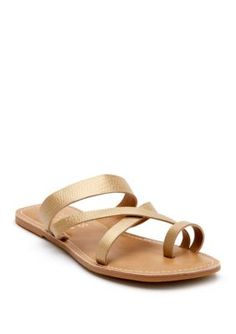 62c6973f2338 Coconuts By Matisse Women's Catalina Toe Ring Sandal - Gold Leather - 7M
