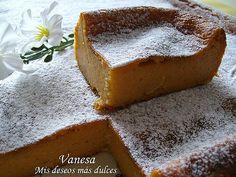 Hacía tiempo que andaba buscando una receta de Pastel de Calabaza, me llamaba la atención un pastel así... y después de tanto buscar, mi ami...