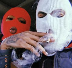 Wen it cum 2 u I want all smoke💔 Badass Aesthetic, Couple Aesthetic, Bad Girl Aesthetic, Aesthetic Grunge, Aesthetic Pictures, Aesthetic Drawing, Gangsta Girl, Fille Gangsta, Bad Girl Wallpaper
