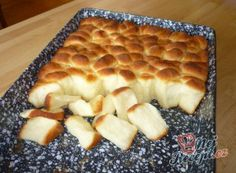 Dukatenbuchteln - a super dough Slovak Recipes, Czech Recipes, Czech Desserts, Baking Recipes, Dessert Recipes, Most Popular Desserts, Best Pancake Recipe, Bread And Pastries, Food Humor