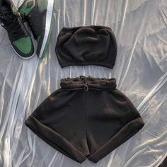Womens Sleeveless Tops, Tracksuit Set, Athleisure Outfits, 2 Piece Outfits, Cute Casual Outfits, Cute Nike Outfits, Stylish Outfits, Fashion Pants, Nike Fashion Outfit