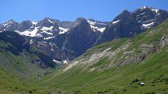 Rincón del Verde. Cara norte de la Sierra de Tendeñera y refugio del Cantal