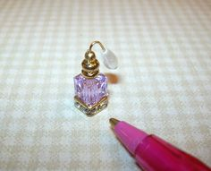 Miniature Perfume Bottle/Crystal Base, Atomizer/Violet: DOLLHOUSE Miniatures