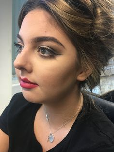 1940's inspired make up on day of assessment, slight contour, iconic red lips and subtle wing liner