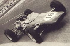 1963 French GP, Reims : Jim Clark, Lotus-Climax 25 #18, Team Lotus, Winner. (ph: © Autoweek)