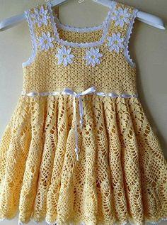 varia ropa a crochet Crochet Dress Girl, Crochet Girls, Crochet Baby Clothes, Crochet For Kids, Crochet Top, Crochet Toddler, Baby Kind, Little Girl Dresses, Beautiful Crochet