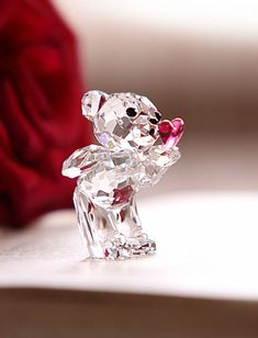 Swarovski Kris Bear, Blowing Kisses