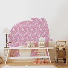 Realizados en papel pintado Vintage. Con forma de elefante, quedará precioso en el dormitorio para niños.  Wallpaper Olifant Rosa by INKE | BelandSoph.com