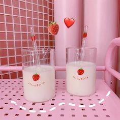 Kawaii Mini Strawberry Glass With Straw - Kuru Store Kawaii Things, Strawberry Milk, Baby Needs, Decorated Water Bottles, Kawaii Cute, Kitchen Items, Sailor Moon, Cool Things To Buy, Berries