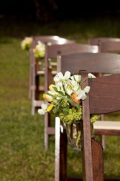 I think I like this idea for my wedding, not sure how to make it work in a church!