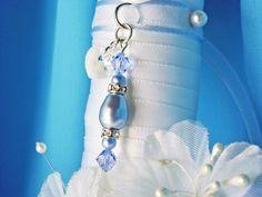Something Blue Wedding Bouquet Charm Swarovski Lt. Blue Crystals and Pearls Wedding Bouquet Charms, Bridal Bouquet Blue, Wedding Bouquets, Charms Swarovski, Swarovski Crystals, Something Blue Bridal, Blue Pearl, Blue Crystals, Wedding Accessories