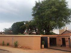 4 Bedroom House in Pretoria North photo number 0