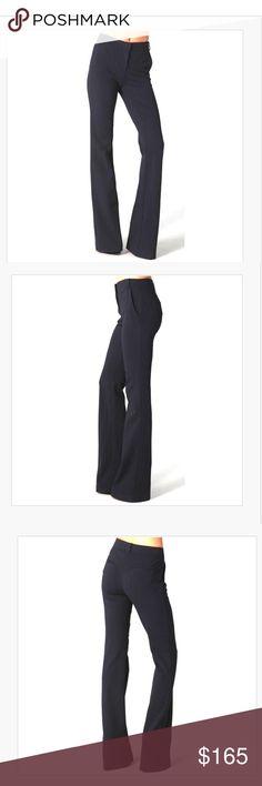 Diana Von furstenberg dark pants Slim fitted, gently loved Diane von Furstenberg Pants Ankle & Cropped