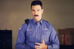 """O policial """"Pornstache"""" Mendez não vai estar na nova temporada de """"Orange is the New Black"""""""