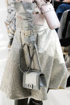 See detail photos for Chanel Fall 2016 Ready-to-Wear collection.