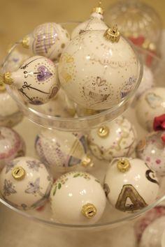 #natale #decorazioni #addobbi #albero #palline #ceramica