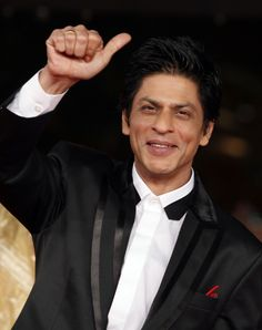 From being a King of romance to a badass villain, Shah Rukh Khan has managed to ace every role in his career span of 25 years. We have seen the actor giving us some great films like Dilwaale Dulhaniya