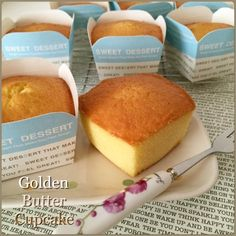 When I saw my FB friend, Lim Lee Chien& posting of those golden butter cupcakes, my next action was to scroll for her recipe. Food Cakes, Tea Cakes, Mini Cakes, Cupcake Cakes, Asian Desserts, Sweet Desserts, Sweet Recipes, Dessert Recipes, Sponge Cake Recipe Best
