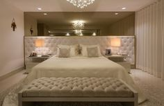 27 Trendy Ideas For Bedroom Hotel Classic Inspiration Guest Bedroom Decor, Room Ideas Bedroom, Home Bedroom, Modern Bedroom, Master Bedroom, Bedroom Furniture, Home Room Design, Bed Design, Rich Home