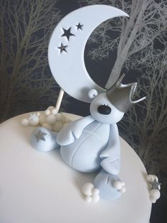 Teddy, Moon and Stars Cake - SugarEd Productions Online Classes