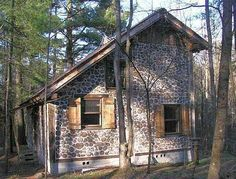 The Schuth cabin is 20 x 30' with a 10 x 20' loft.  It nestles nicely in its woodland setting.
