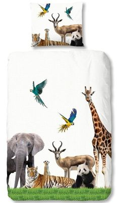 Børnesengetøj Jungle i bomuld med dyr fra MyTrendyHome. Safari Room, Jungle Room, Jungle Nursery, Baby Room Decor, Bedroom Decor, Retro Bed, Boy Girl Room, Teen Bedding, Floral Pillows