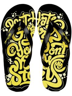 Flip Flops: The Best Shoes To Put On While Traveling.@ http://www.askmeonfashion.com/springsummer/footwear/flip-flops-best-shoes-put-while-traveling