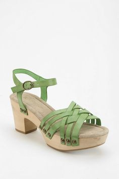 Restricted Cate Wooden Platform Sandal - Urban Outfitters